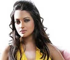 My dream man is Rabindranath Tagore, says Riya Sen