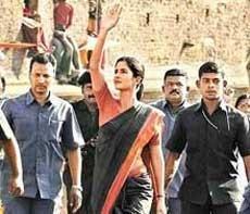 'Raajneeti' bears no resemblance to Sonia's life: Prakash Jha