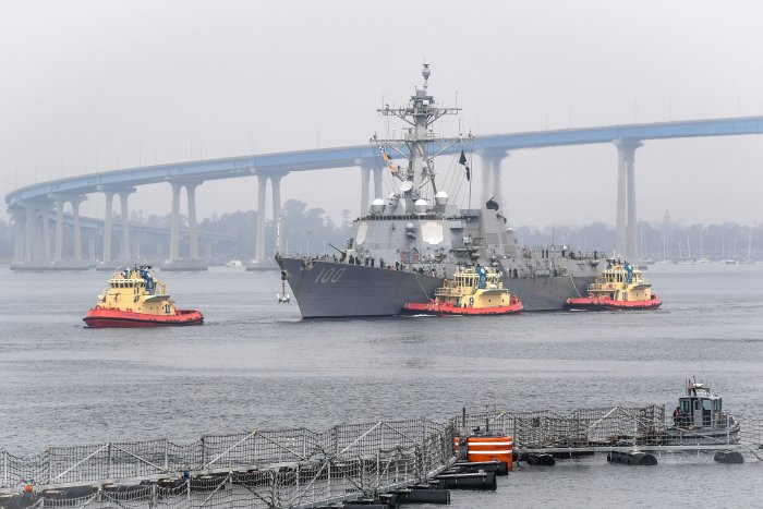 This handout photo released by the US Navy and taken on April 28, 2020 shows the guided-missile destroyer USS Kidd (DDG 100) arriving in San Diego as part of the Navy's aggressive response to the COVID-19 outbreak on board the ship. (AFP)
