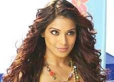 Now Bipasha Basu joins Twitter