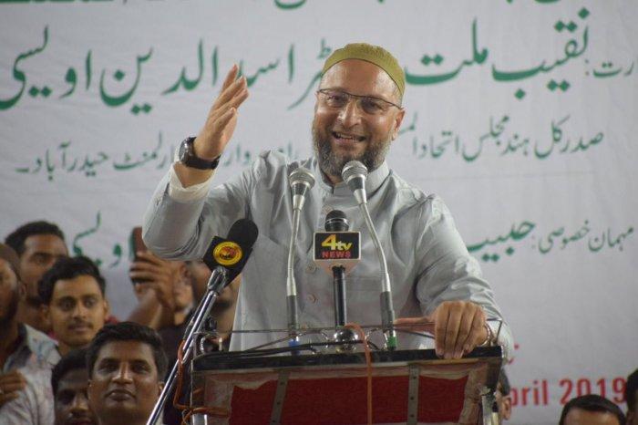 Kishanganj shows that the Asaduddin Owaisi-led AIMIM, originally a Hyderabad-based party, could be gradually turning into a national phenomenon. Photo/Twitter (@asadowaisi)