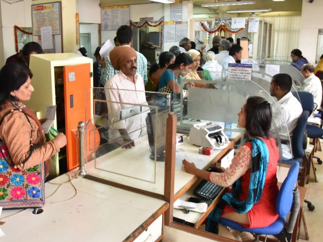The government and the regulator have used various strategies, including nationalisation of banks, targeted lending and assigning particular sectors as priority, with varying degree of success, never truly achieving financial inclusion. (DH File Photo)