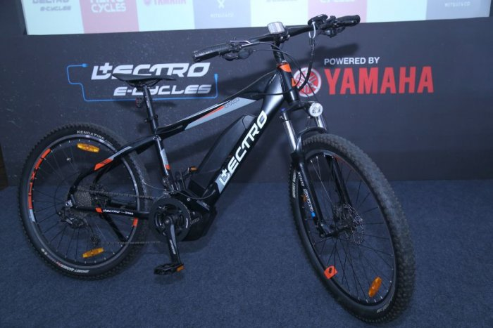 Hero Cycles Ltd., in partnership with Yamaha Motor Co. Ltd. and Mitsui Co. Ltd., launched the Lectro EHX20 electric bicycle in Bengaluru. (DH Photo)