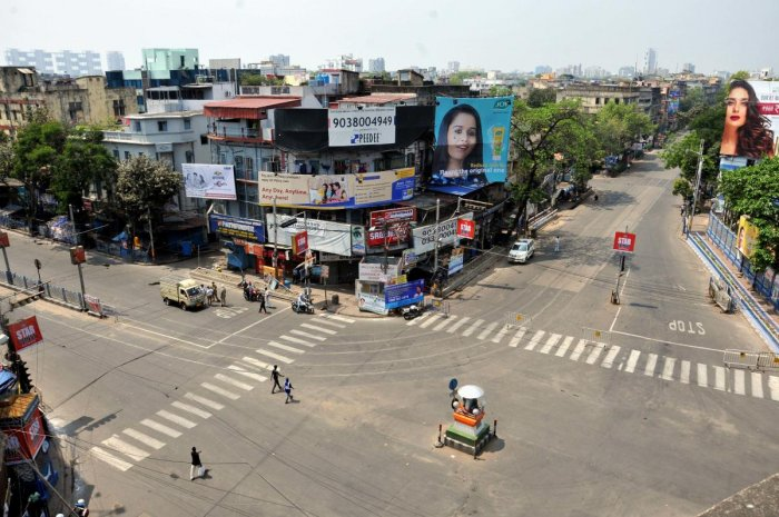 A view of the deserted Hazra crossing near the residence of West Bengal Chief Minister Mamata Banerjee, during lockdown in the wake of coronavirus pandemic, in Kolkata. (PTI Photo)