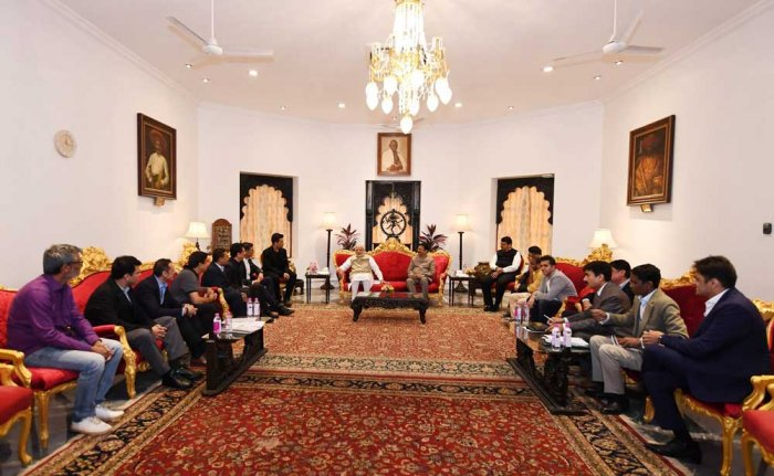 The meeting of a delegation of the Hindi film industry with Prime Minister Narendra Modi. Image courtesy Twitter/Modi