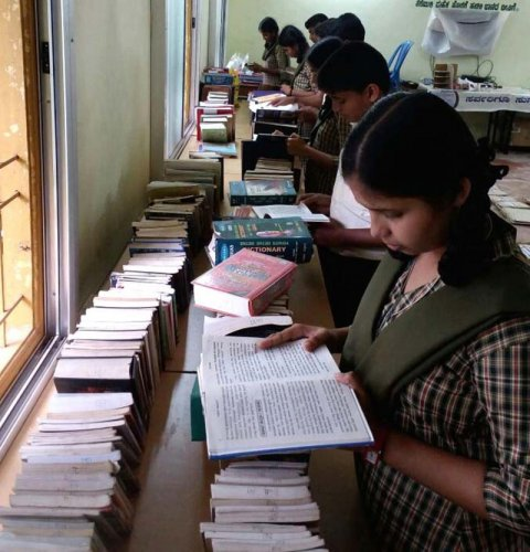 The National Council for Educational Research and Training (NCERT) has now laid down subject-wise minimum learning outcomes (MLOs) for the students of classes IX and X, hoping to improve the quality of school education and end rote learning. (DH Photo)