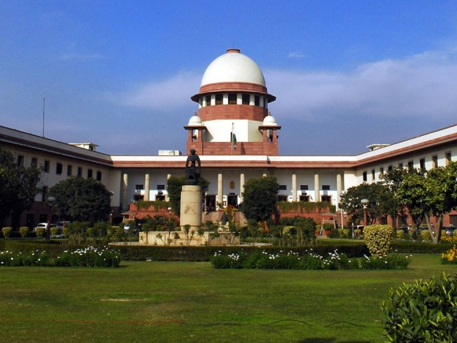 The Supreme Court on Monday refused to entertain a plea challenging the Centre's Ordinance which restored the roster based reservation system for appointment of faculty members in Universities and higher educational institutions. DH photo