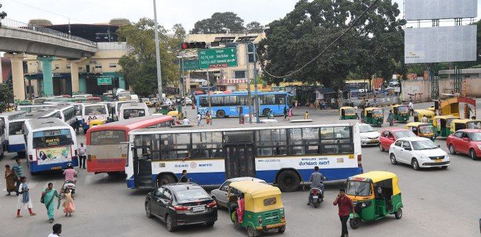 lack of schedules makes travelling by bus a random, hit-and-miss experience for most commuters.