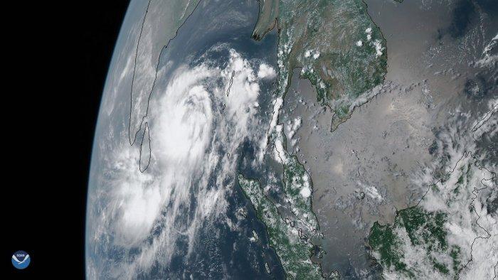 Cyclone Fani. Photo: Twitter/NOAA