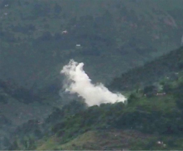 The Pakistan army targeted forward posts and villages in Jammu and Kashmir's Poonch district with firing from small arms and mortar shelling. (PTI File Photo)