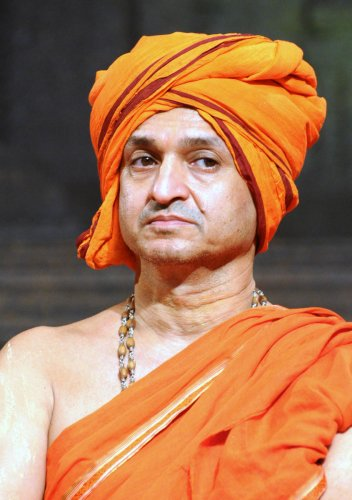 Palimaru Mutt seer Vidyadheesha Swami.