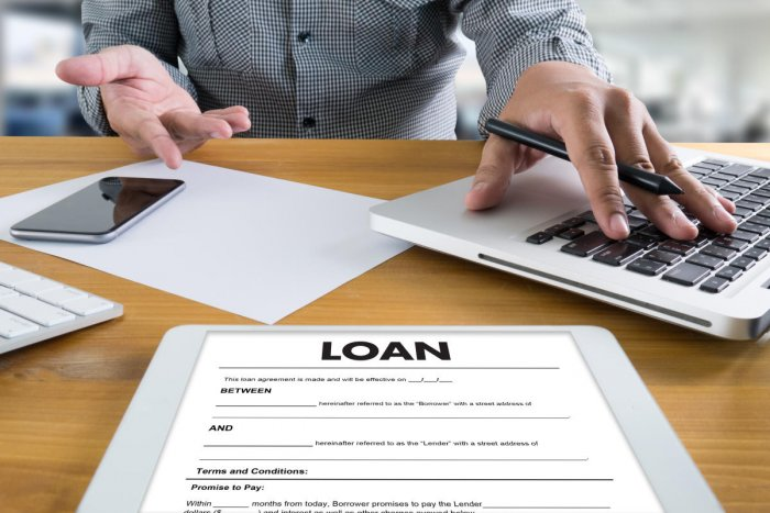 Business Support COMMERCIAL LOAN , document and agreement signingLoan