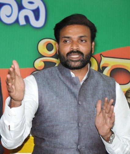 BJP leader Sriramulu.