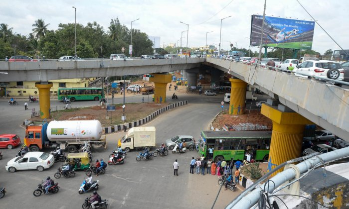 The Hebbal flyover has developed problems with its expansion joints, which are meant to absorb shocks and expansions and contractions. DH File photo