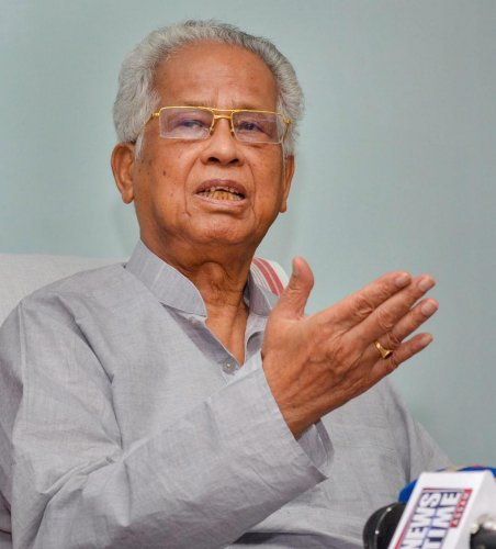 Guwahati: Former Assam chief minister Tarun Gogoi addresses a press conference regarding the National Register of Citizens (NRC), at New MLA hostel in Guwahati on Tuesday, July 31, 2018. The Final draft of state's National Register of Citizens was release