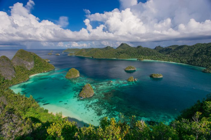 An aerial view of the islands in Papua New Guinea