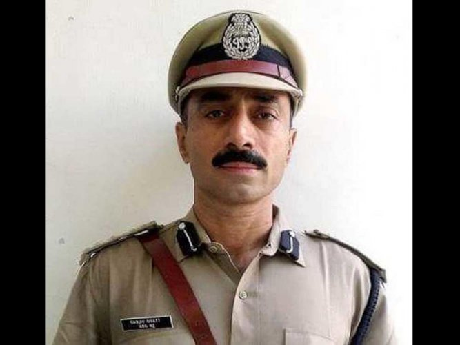 Ex-IPS Officer Sanjiv Bhatt was convicted and given life imprisonment in a custodial death case. (DH Photo)