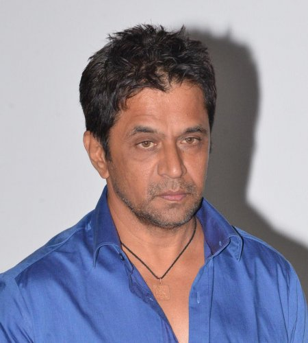 In October 2018, at the height of the MeToo controversy, Sruthi had alleged that she was sexually assaulted by Arjun Sarja during the shooting of Kannada movie 'Vismaya'.