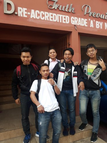 Students of Hrangbana College in Aizawl. Photo by Puia Changgte