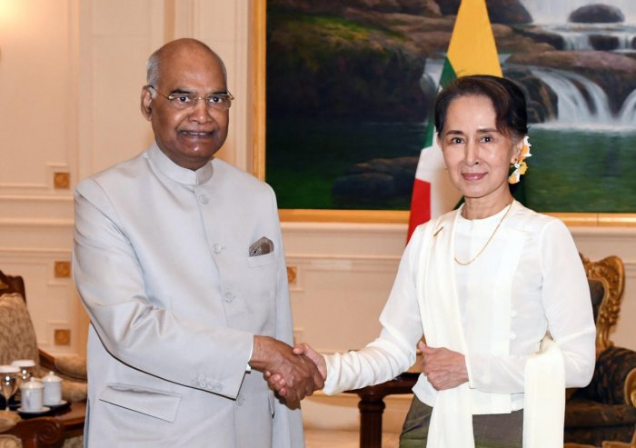 President Ram Nath Kovind (L) meets with Myanmar State Counsellor Aung San Suu Kyi (R) at the presidential palace in capital Naypyidaw. AFP Photo