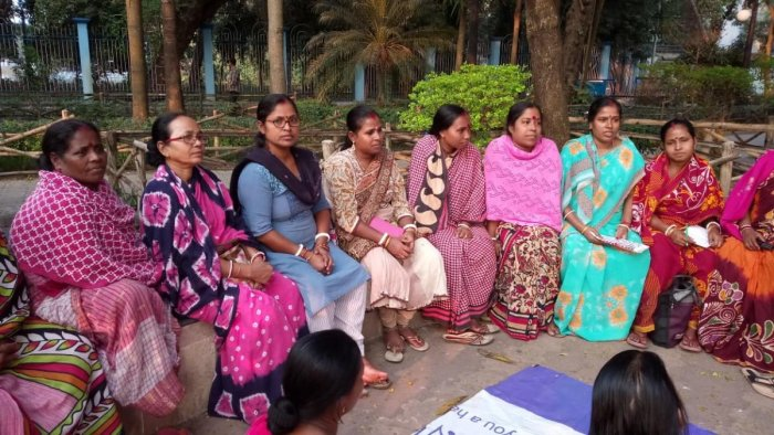 Members of the trade union of domestic helps holding a meeting in Kolkata. DH Photo