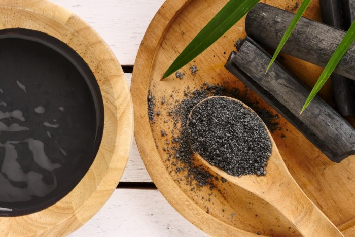 Activated charcoal is extensively used by chefs across the city in bread, sauce, ice creams and more. It's also known to have health benefits.