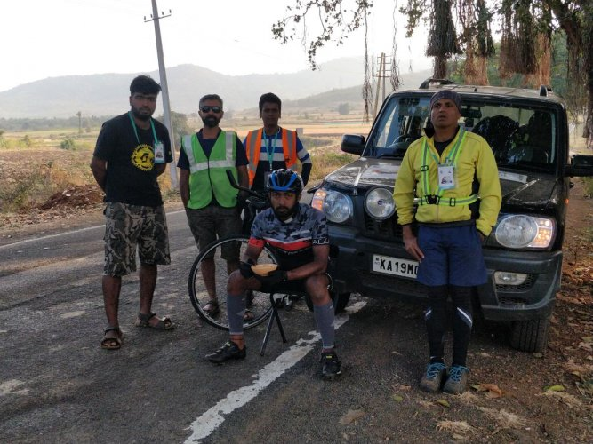 Dhanraj Karkera, with his crew members, during the Ultra Spice Endurance Bicycle Race.