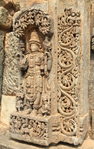 A stone wonder in Nagalapura