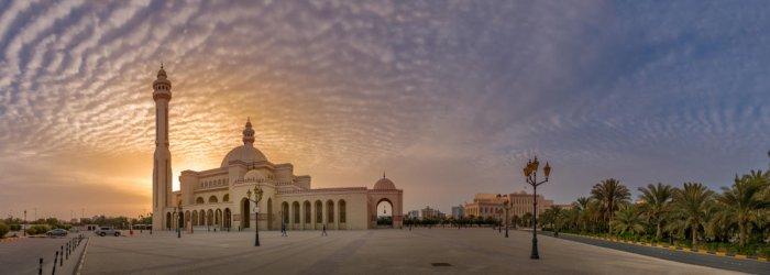 Al Fateh Grand Mosque. PHOTOS BY AUTHOR