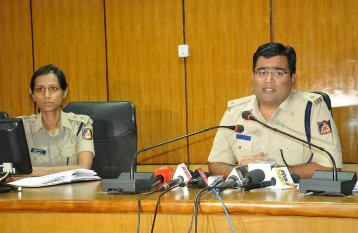 Superintendent of Police Harish Pande speaks to reporters in Chikkamagaluru on Tuesday.