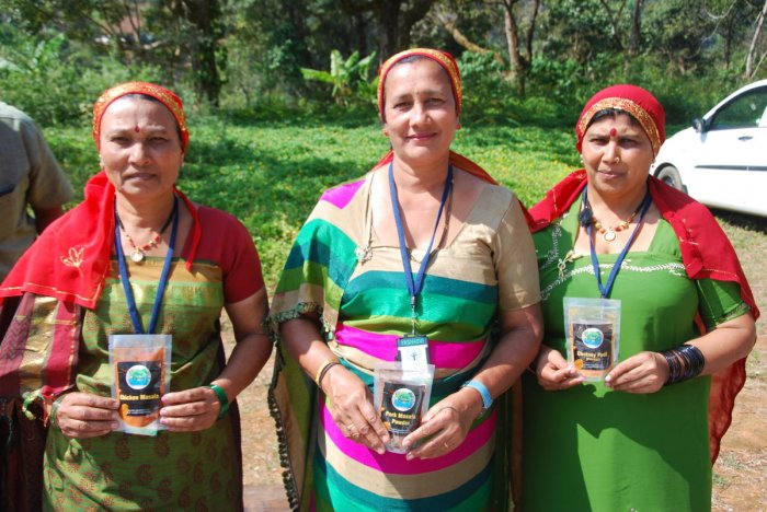 Women Kaluru, who had been affected by the natural calamity in Kodagu, have turned entrepreneurs by releasing 'Yashaswi' spices, initiated by 'Project Coorg'.