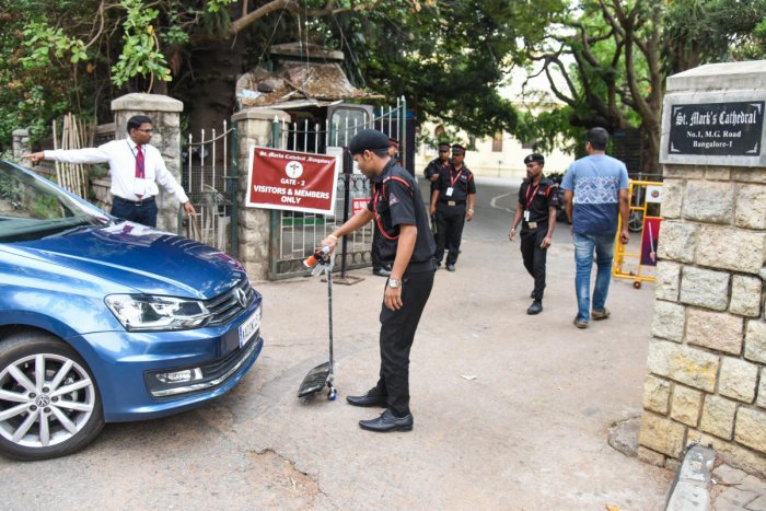Elaborate security arrangements were in place at St Mark's Cathedral on MG Road. While a pink Hoysala vehicle was stationed near the St Mark's Road entrance, the MG Road entrance was closed.