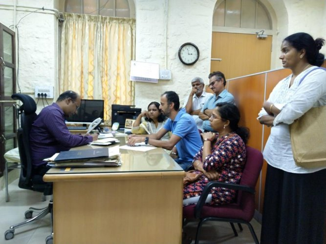 Residents of RR Nagar discuss their problems with BBMP Commissioner (SWM) Randeep D. special arrangement