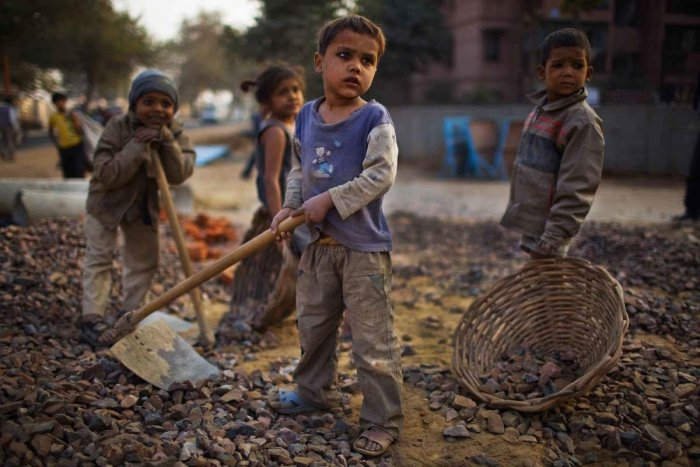 Children forced to work in Cobalt mines suffer from grave injuries and disfigurement.