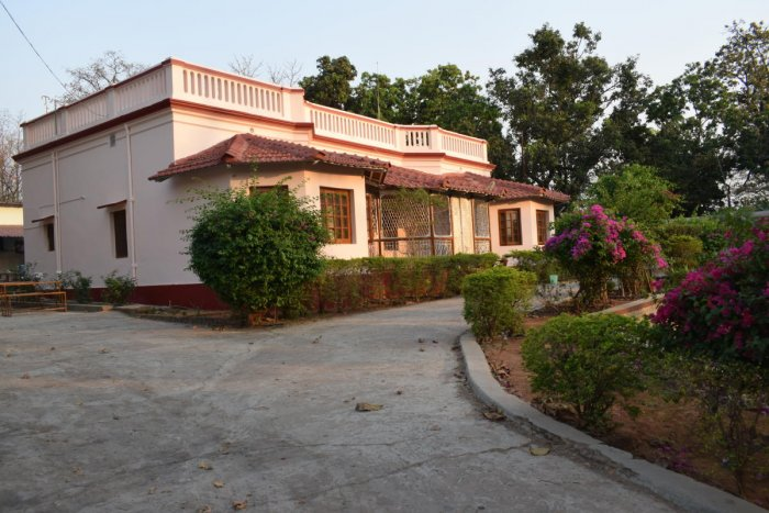 heritage A bungalow; the railway station; a building in McCluskieganj. PHOTOS BY AUTHORS
