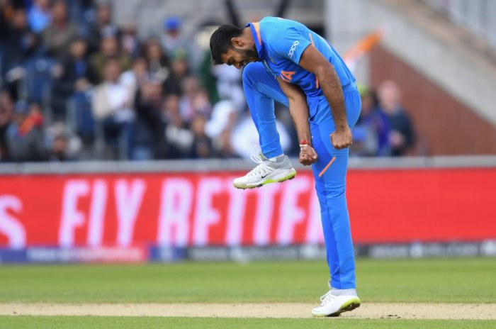 All-rounder Vijay Shankar is the latest to suffer an injury scare in the Indian camp after being hit on toe during a rain hit training. (AFP Photo)
