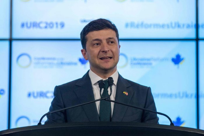 Ukrainian President Volodymyr Zelensky addresses the Ukrainian Reform conference in Toronto, Ontario, on July 2, 2019. (Photo by Lars Hagberg / AFP)