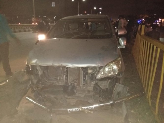 Two including a lecturer died in accident