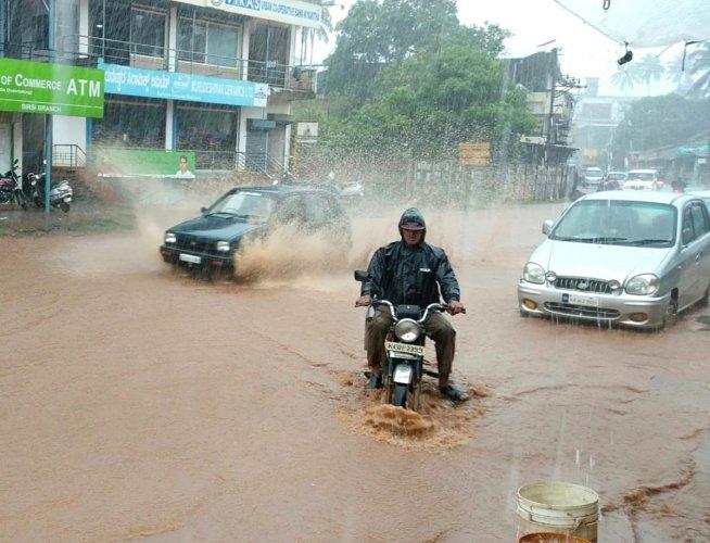 Heavy rains in Uttara Kannada district