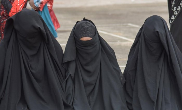 A group of UN human rights experts on Friday called for the immediate release of three Iranian women given long jail terms for protesting laws compelling women to wear veils. AFP Photo