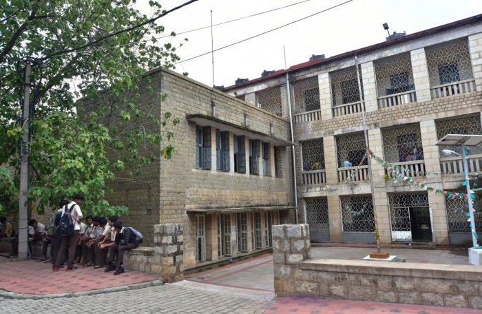 Sri Krishnarajendra Silver Jubilee Technological Institute at KR Cirlce. DH FILE PHOTO