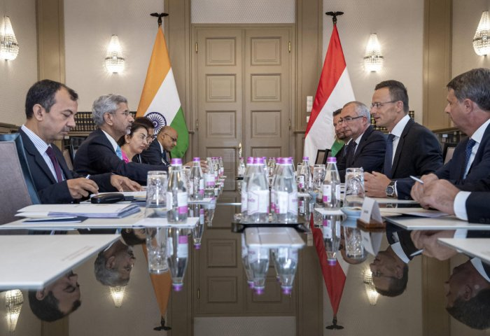 Budapest: Hungarian Minister of Foreign Affairs and Trade, Peter Szijjarto, second right, and Indian Foreign Minister Subrahmanyam Jaishankar, second left, talk during a meeting in the Ministry of Foreign Affairs and Trade in Budapest, Hungary. (PTI Photo