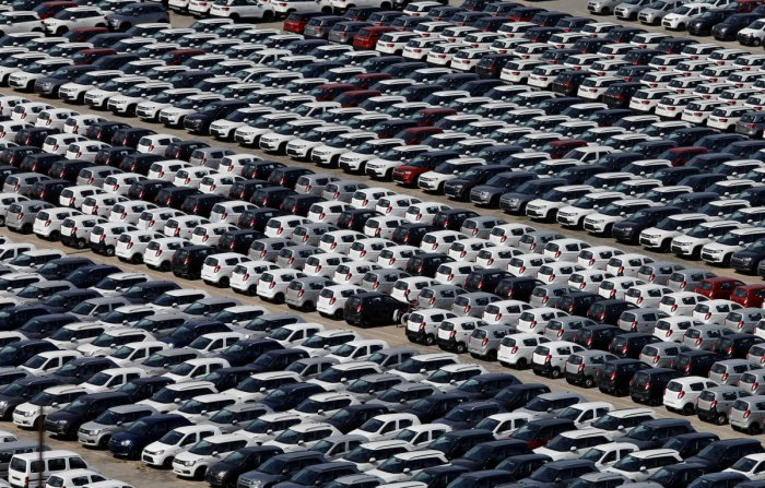Cars are seen parked at Maruti Suzuki's plant at Manesar, in the northern state of Haryana. (Reuters Photo)