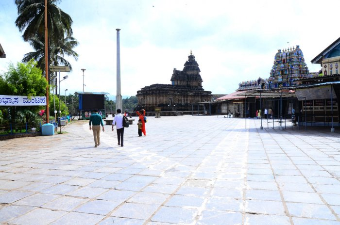 Only a few tourists are seen on the premises of Sringeri Sharadamba temple in Chikkamagaluru district.