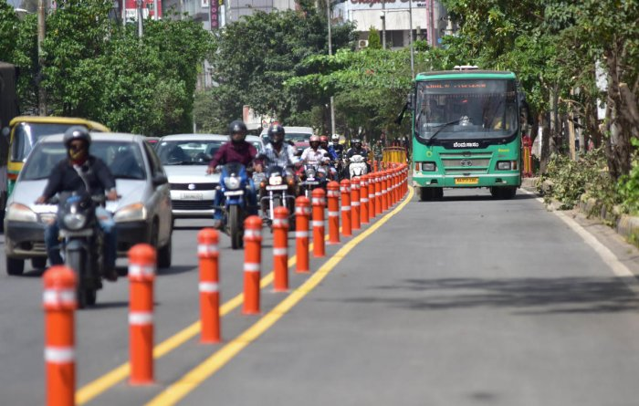 Only BMTC buses, ambulances and fire tenders will ply on the bus priority lane. DH file photo