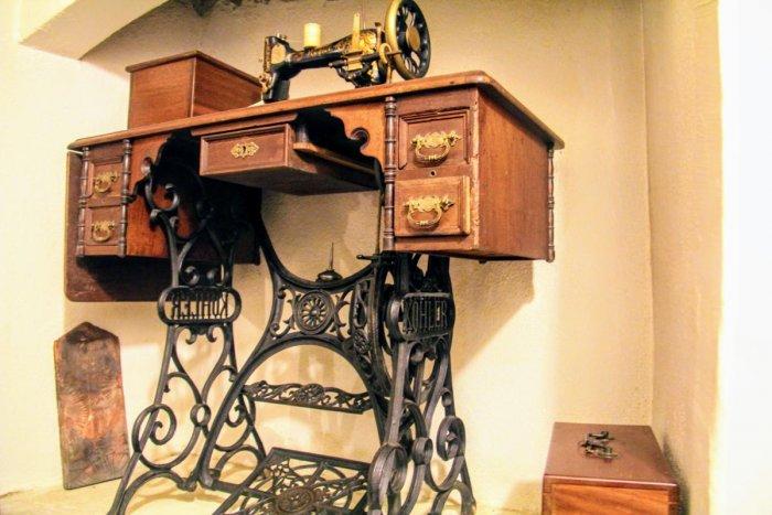 An antique sewing machine