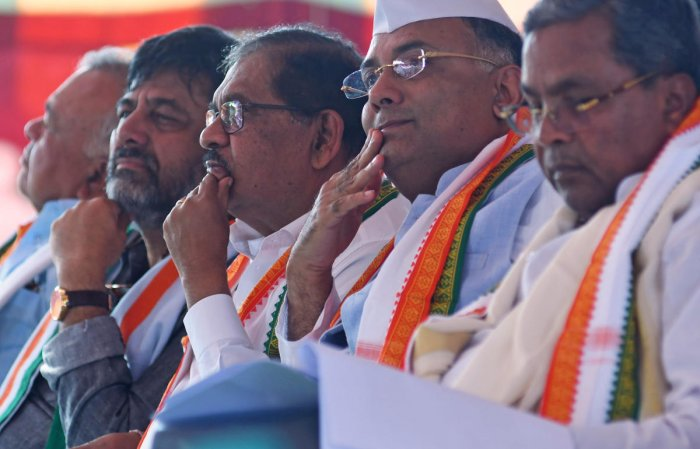 Congress leaders Siddaramaiah, Dinesh Gundu Rao, G Parameshwara and D K Shivakumar at the 135th Foundation Day programme of the party in Bengaluru on Saturday.DH PHOTO
