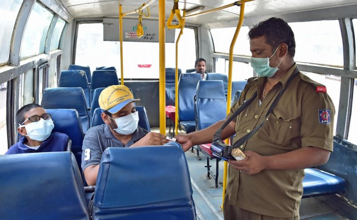 The need for social distancing might make passengers wary of public transport, say experts. DH PHOTO/Ranju P