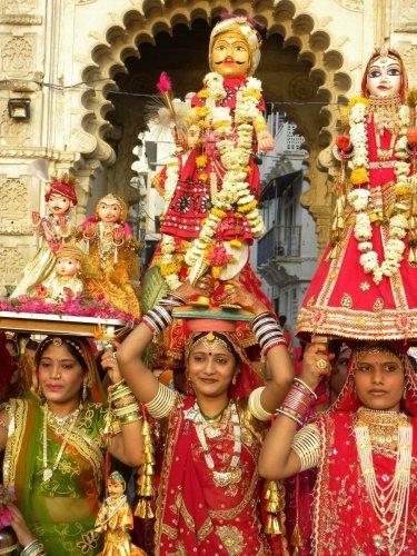 Gangaur, ghoomar, ghevar ... | Deccan Herald