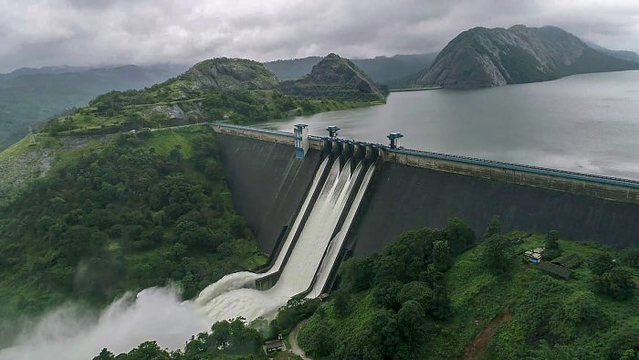 A view of the Idukki Dam as water level continued to rise in the reservoir in Iduki dam area of Kerala on Friday. A red alert was issued for Idukki and its adjoining districts in view of the possibility of release of more water from the Idukki reservoir. PTI